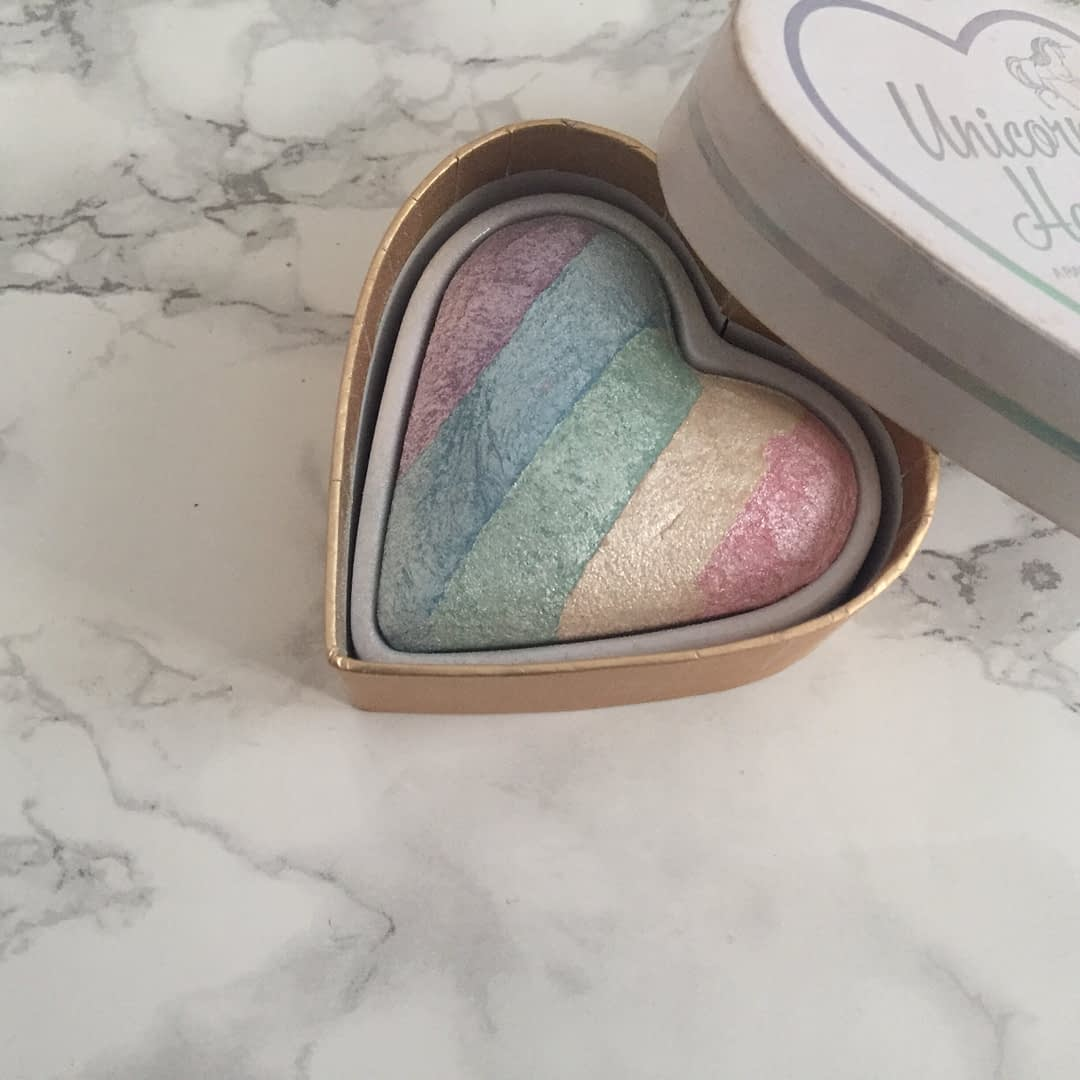 I Heart Makeup Unicorn Heart Rainbow Highlighter